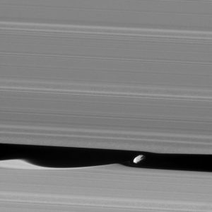 New Cassini Image of Daphnis