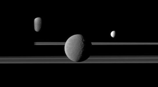 New Data Suggests That the Moons and Rings of Saturn Are More Than 4 Billion Years Old