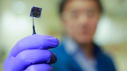 New Dual Layer Solar Cell Sets Efficiently Record