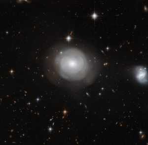 New Hubble Image of ESO 381-12