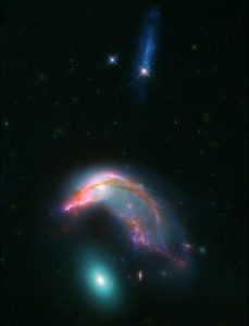 New Hubble and Spitzer Image of Arp 142