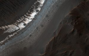 New Image of Holden Crater
