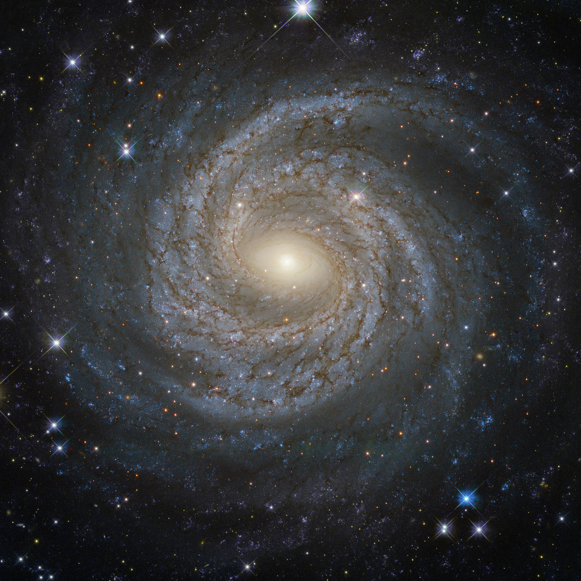 Hubble Image of the Week - Spiral Galaxy NGC 6814