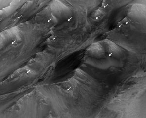 New Study Adds Clues about Possible Water on Mars