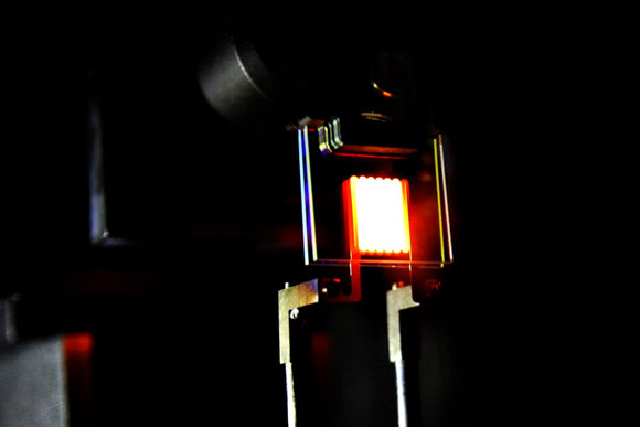 New Two-Stage Process Makes Incandescent Bulbs More Efficient