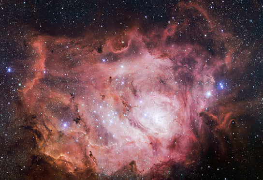 VLT Survey Telescope Views the Lagoon Nebula