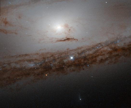 Newly Released Hubble Image of Messier 65