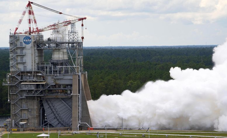 RS-25 Hot Fire Test