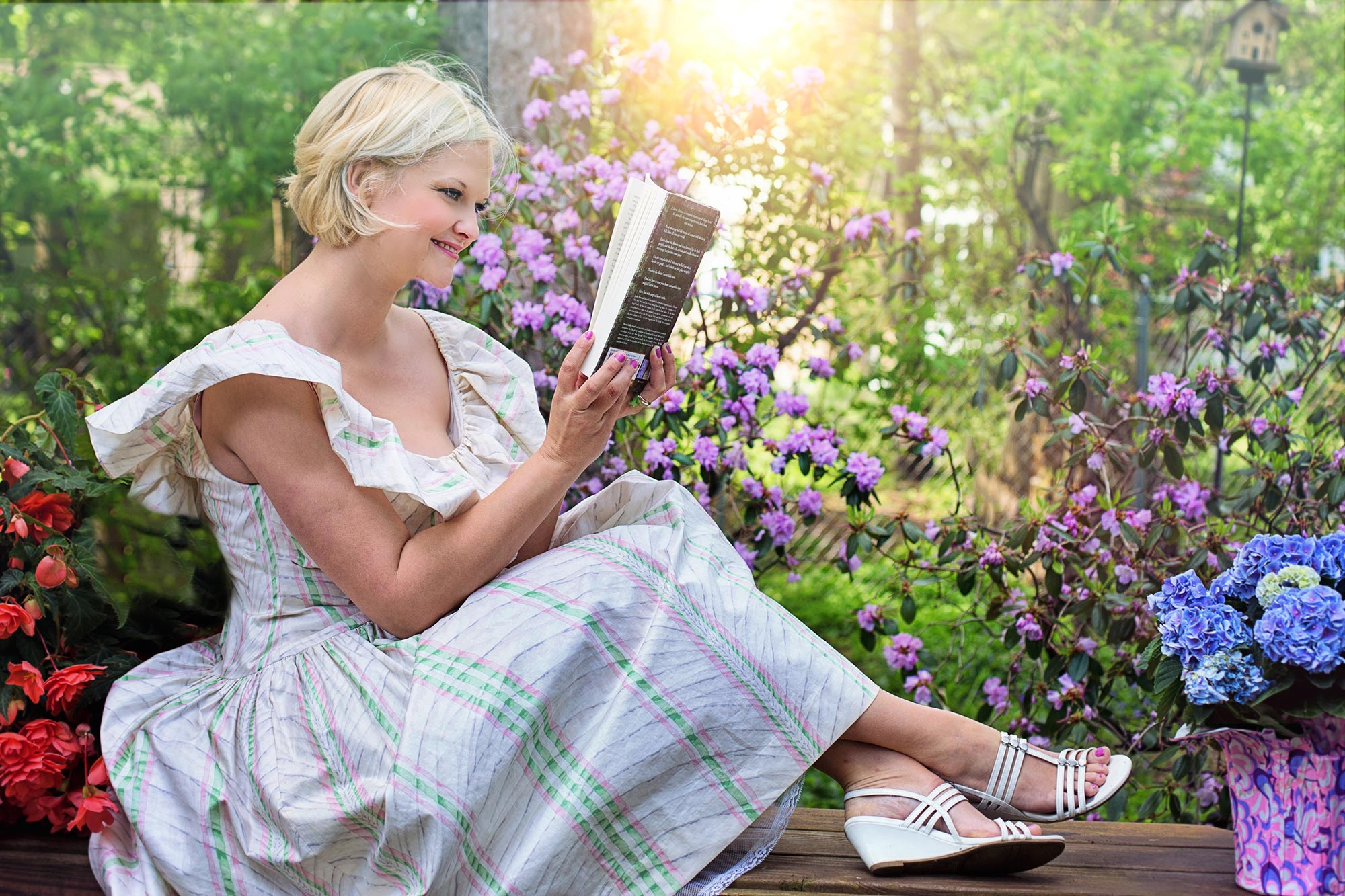 Scientific Research Uncovers Benefits of Reading Outdoors