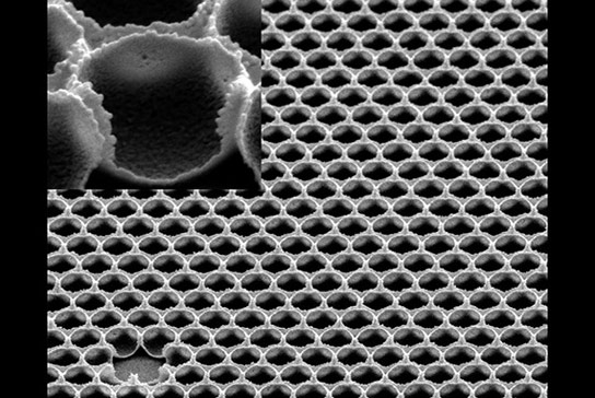 Researchers Create Ultraslippery Coating for Glass
