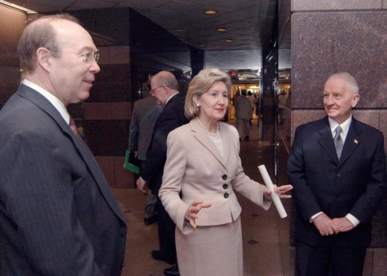 Robert Haley, Kay Bailey Hutchison, and Ross Perot