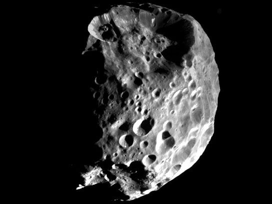 Saturn's moon Phoebe has more planet-like qualities