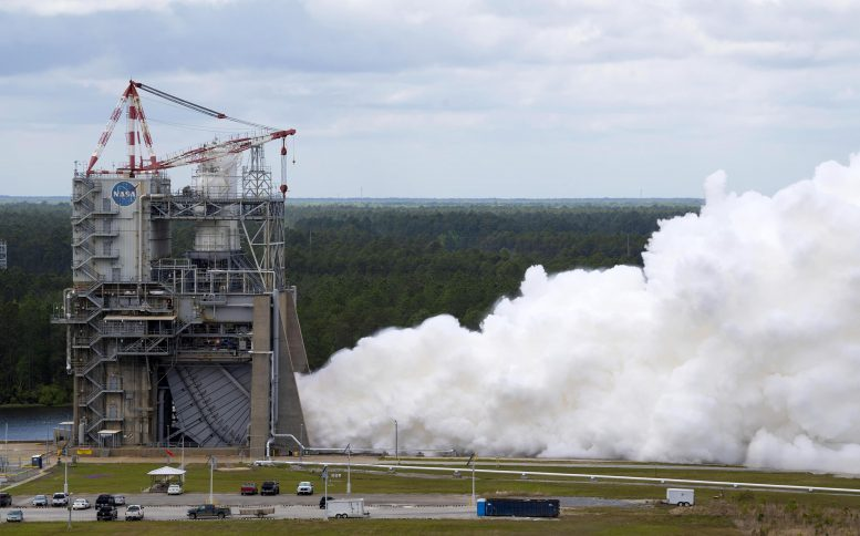 Second RS-25 engine test