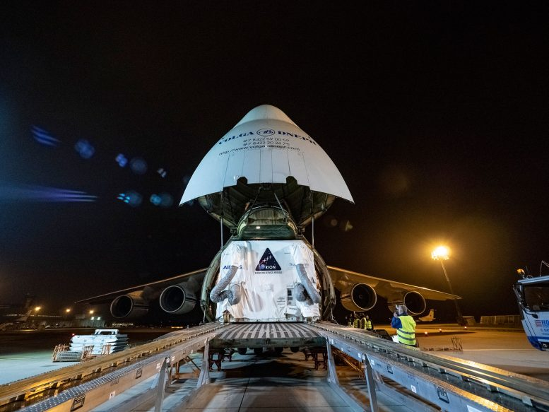 Service Module Arrives in U.S. for First Orion Moon Mission