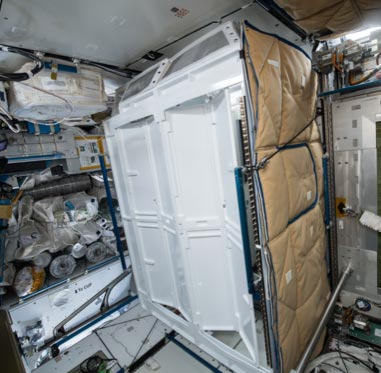Space Station Toilet Stall