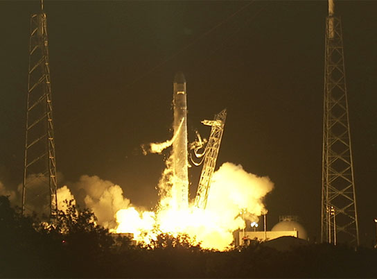 SpaceX Falcon 9 rocket lifts off