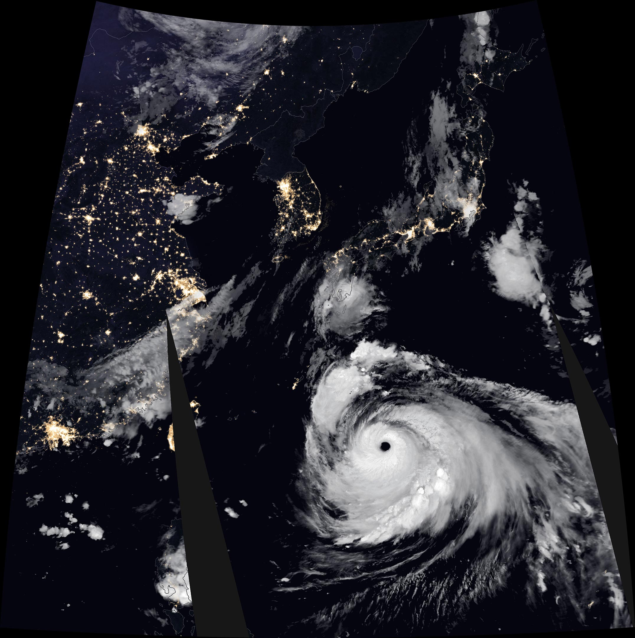 Typhoon Haishen lashes Korean Peninsula