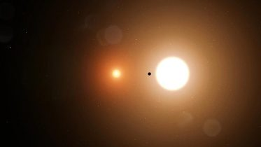 Real-Life Star Wars: Two New 'Tatooine' Planetary Systems Pinpointed by Astronomers [Video]