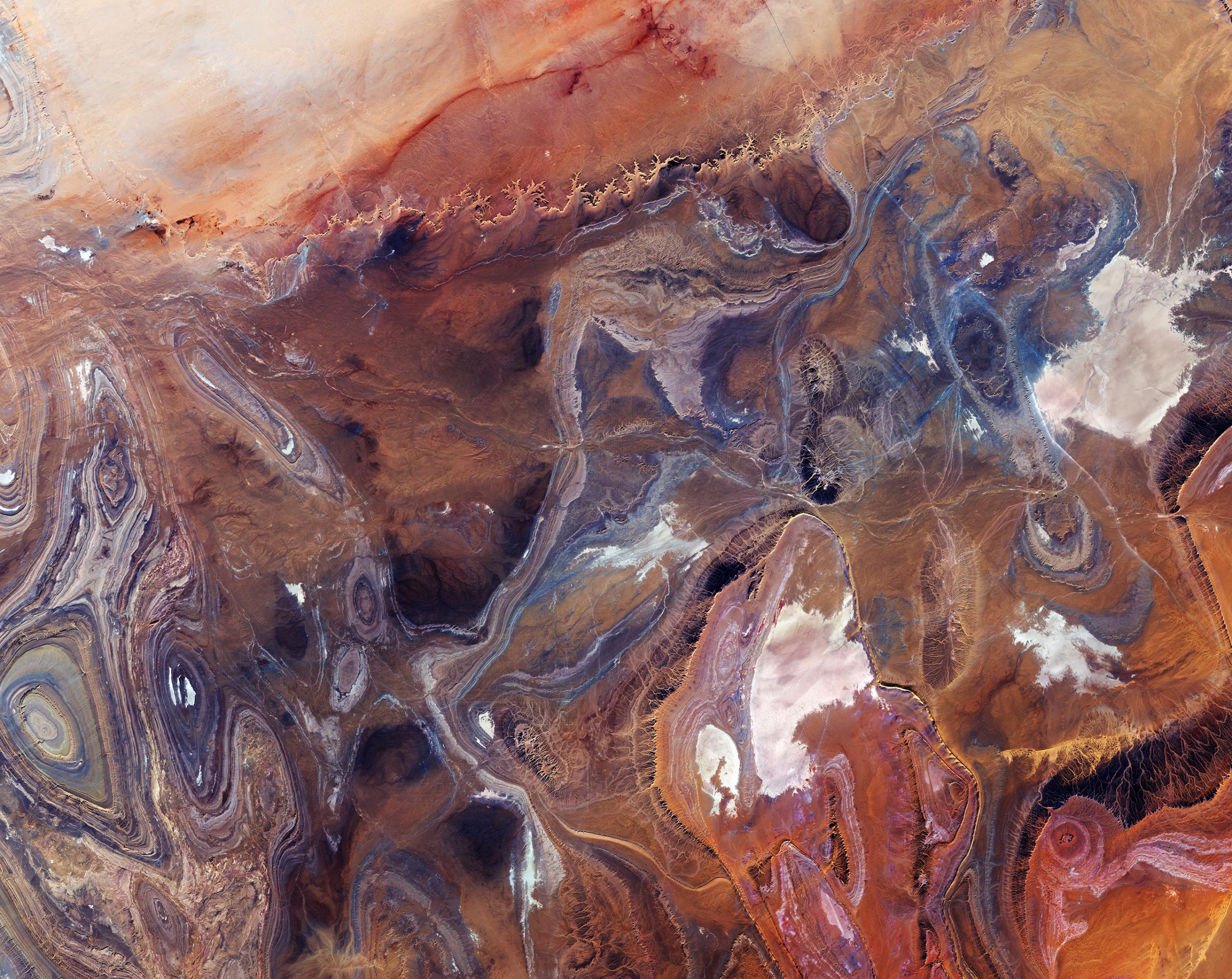 Exploring Earth From Space: Tanezrouft Basin