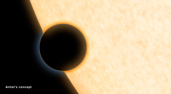 Telescopes Reveal Clear Skies and Water Vapor on Exoplanet
