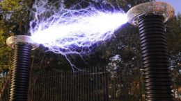 World's Largest Tesla Coils To Research Lightning