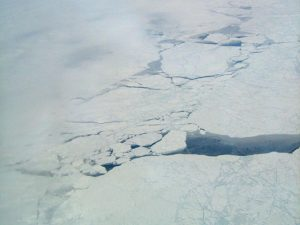 airborne study measured greenhouse gas methane coming from cracks in Arctic sea ice