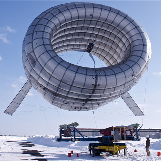 altaeros-energies-wind-turbine-afloat