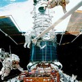 astronauts-spacewalk