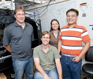 esearchers have connected the dots between plasmonic nanoparticles and polymers