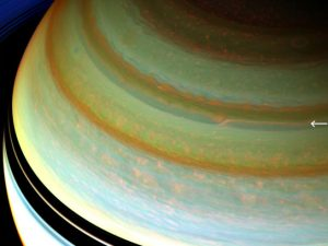 jet stream churns through Saturn's northern hemisphere