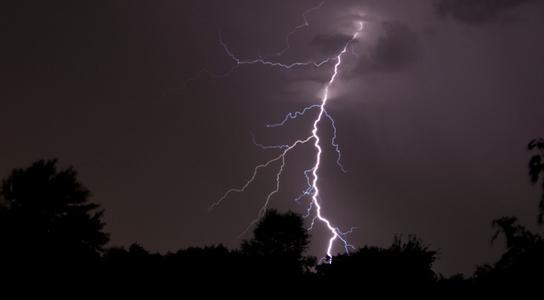 laser-lightning