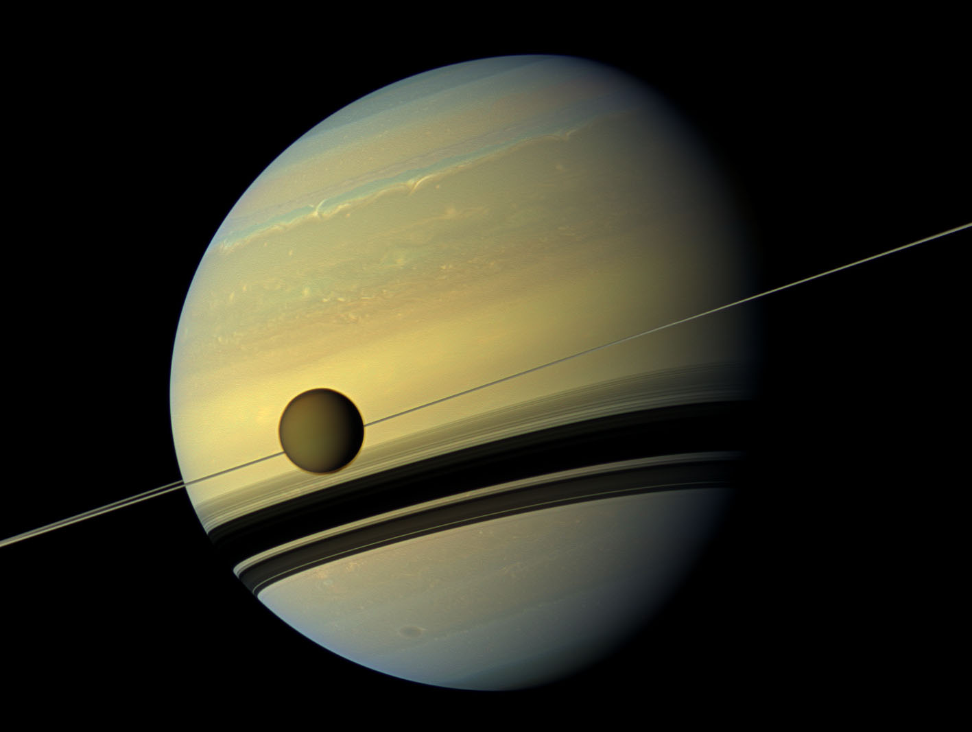 Saturn South Pole Natural Color View of ...