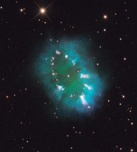 necklace-nebula-hubble