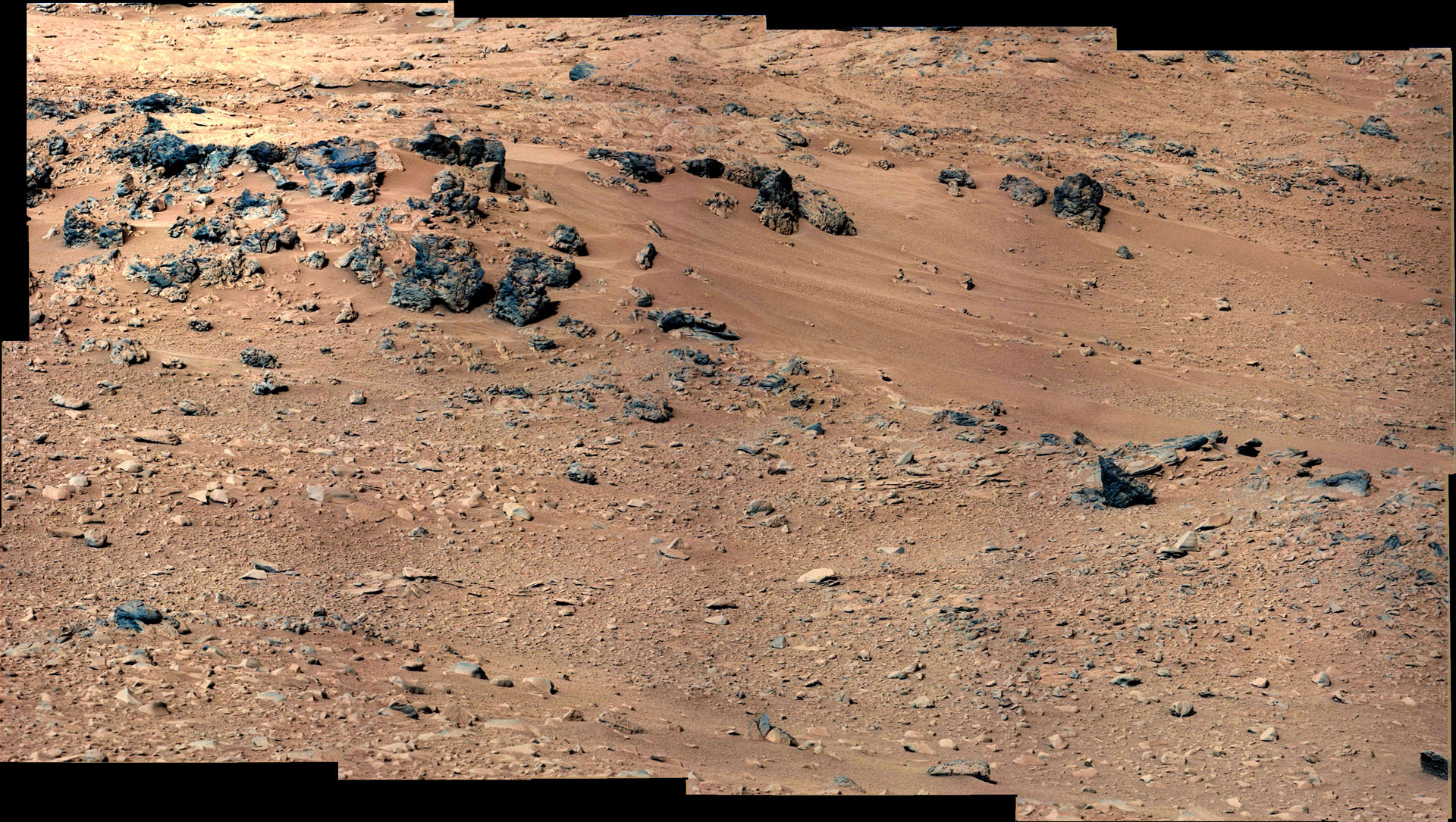 Curiosity Prepares to Take its First Scoop of Soil for ...