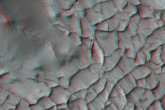Stereo Shows an Area on Mars Where Narrow Rock Ridges Intersect