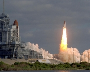 Discovery Launches with Hubble Space Telescope