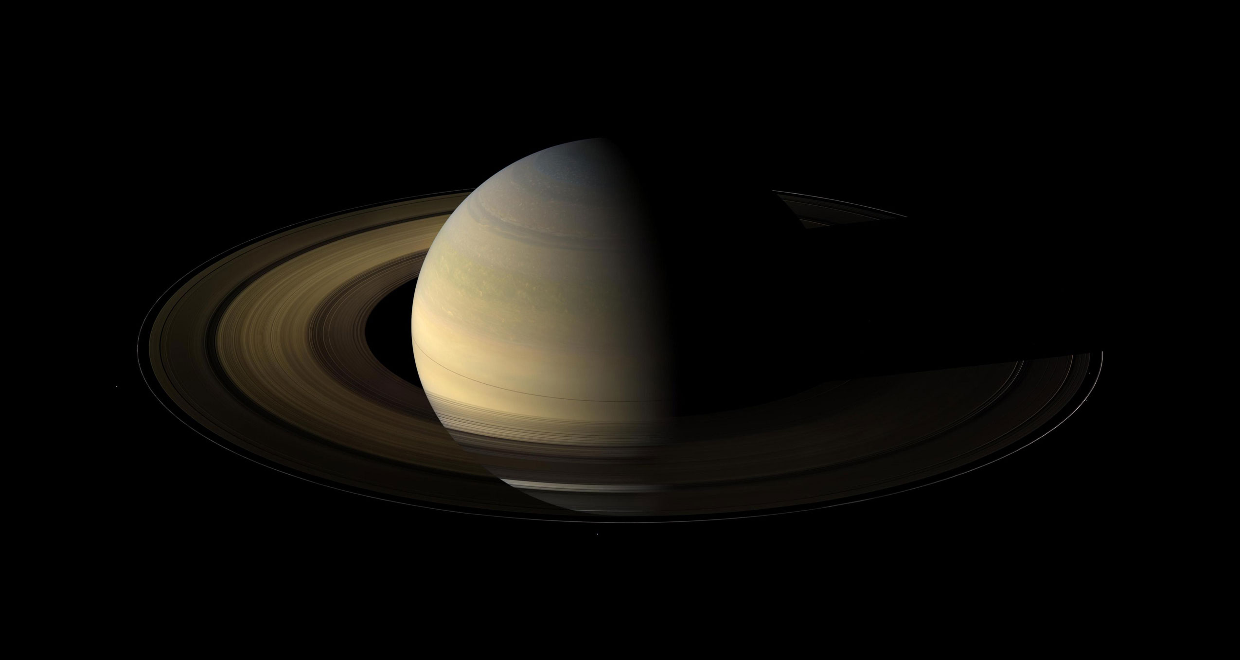 Cassini Views Saturn's Dramatic Transition from Winter to ...