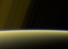 Cassini Continues its Saturn Finale